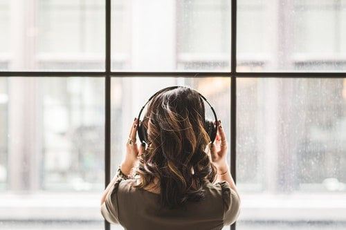 How to Soundproof a Window from Outside Noise